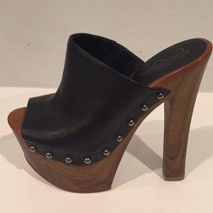 Jessica Simpson platforms, Size 4.5